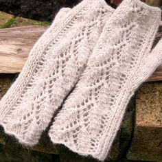 Fingerless Gloves Wrist Warmers Hand Knitted Lace by @Patricia K. Shoogly Beads Cruse  £20.00