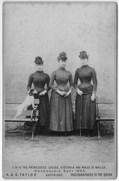 """Princesses Louise, Victoria """"Toria"""" and Maud of Wales Sept wearing cuirasse bodice dresses FDxKatyusha Vintage Photos Women, Vintage Photographs, Princess Victoria, Queen Victoria, Maud Of Wales, Alexandra Of Denmark, Princess Louise, Historical Costume, Alter"""