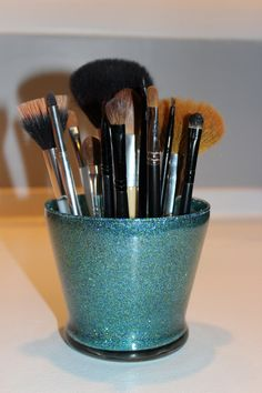Organizador de pincéis make up - Blog Pitacos e Achados - Acesse: pitacoseachados.w... - www.facebook.com/... - #pitacoseachados