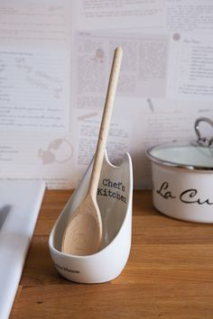 Kokkens sleiv-holder! -Høres ikke SÅ flott ut på norsk, men vi bruker de originale navnene fordi det er dette som står på eskene fra leverandør! Ett Rivie