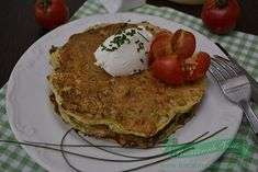 Zucchini and cheese pancakes - bucătăresele vesele Cheese Pancakes, Quick Meals, Avocado Toast, Zucchini, Cooking, Breakfast, Food, Fast Meals, Kitchen