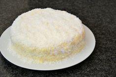 Bolo de coco (O bolo, finalmente!) :D