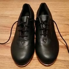 Like New Tap Shoes Black tap shoes. They still have the new leather shoe smell. Bloch Shoes