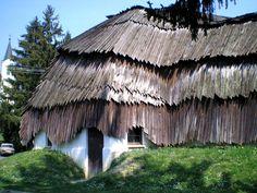 Bak, Makovecz house monument - April 2009