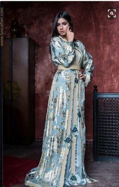 733e29dad016b6 286 meest inspirerende afbeeldingen over Moroccan Fashion in 2019 ...