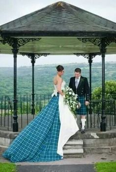 Beautiful Scottish wedding dress!