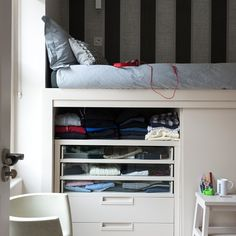 Children's bedroom with striped wallpaper | Child's room decorating ideas | housetohome.co.uk