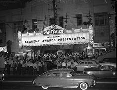 Oscars 1954 - RKO Panrafes Theatre in LA