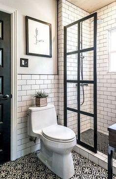 Cool small master bathroom remodel ideas (1)