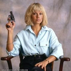 Actress Glynis Barber (pictured) starred in the TV crime drama Dempsey and Makepeace . Glynis Barber, Barber Pictures, New Hair Do, Tv Detectives, Vintage Tv, British Actresses, Hair Color, Persona, Hair Styles