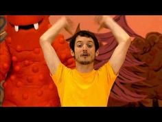 Elijah Wood: The Puppet Master Dancey Dance on Yo Gabba Gabba! - Hey check it out, Frodo is teaching kids how to dance! The dance looks easy, however I don't think I cool pull it off with such skill.