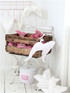 rouge et blanc decoration christmas white style shabby chic holzkiste weinkiste