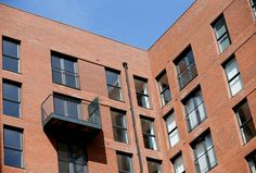 Spectus fabricator, Worsley Glass supplied and installed over 300 windows and 120 sets of French doors to complete phase one of the Sillivan Way development in #Manchester.
