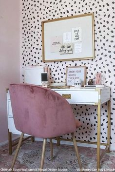 5 Baffling Home Office Design Ideas! - - 5 Baffling Home Office Design Ideas! Innenministerium 5 verblüffende Home Office-Designideen! Home Office Design, Home Office Decor, House Design, Home Decor, Office Ideas, Office Designs, Office Inspo, Pink Office Decor, Office Furniture