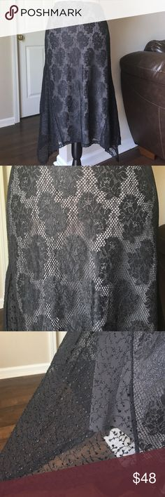 """Black lace skirt with rose design The Limited Black lace skirt with rose design // gray lining under lace skirt // size 6 // 25.5"""" long in front & back; 31"""" long on sides where lace comes to a point // zips up on the side The Limited Skirts"""