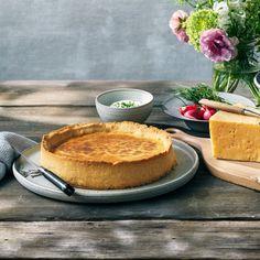 Västerbottensost®-piiras ja mätikastike - | Västerbottensost®| Västerbottensost® Camembert Cheese, Pancakes, Dairy, Breakfast, Desserts, Food, Morning Coffee, Tailgate Desserts, Deserts