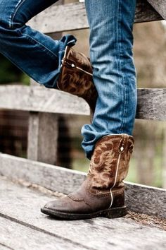 My cowboy boots and pair jeans that all I need f8bfe918404