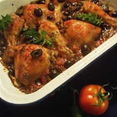 Chicken with tomato and black olives