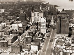 A view from the Tribune Tower looking north down Michigan Avenue in 1926.
