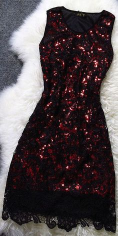 This would be the PERFECT Christmas or Valentine's dress! (Just add a little wrap or bolero). Love the sparkles!