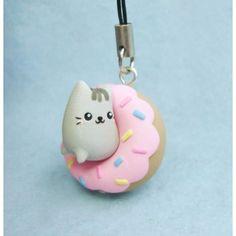 My creation is so cute Its a cat in a strawberry glazed dohnut  #pusheencatsdiy