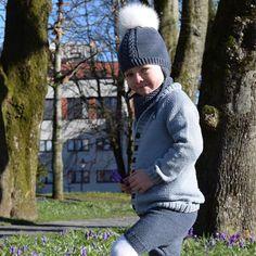 WEBSTA @ floetre - 💙S t o r e b r o r 💙 #moritzjakken #moritzshortsen #flettefinluevol2 #floetre #mydesign #stavanger #stavangersentrum #breiavannet #sandnesmerinoull #sandnesgarn #knit #knitted #knitting #knitstagram #knitted_inspiration #knitting_inspiration #knittersoftheworld #knittersofinstagram #norwegianknitting #strikkibruk