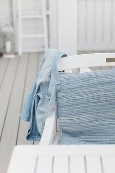 ~Blue & White Cottage Delight~