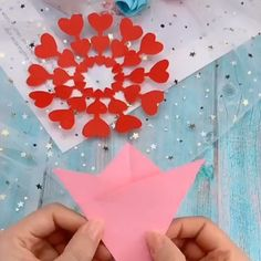 Easy to make 💖 - Holiday wreaths christmas,Holiday crafts for kids to make,Holiday cookies christmas, Diy Crafts Hacks, Diy Crafts For Gifts, Diy Arts And Crafts, Creative Crafts, Crafts For Kids, Diy Projects, Paper Flowers Craft, Paper Crafts Origami, Easy Paper Crafts