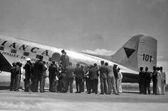 Historia de la matrícula y marca de nacionalidad en Colombia   Aviacol.net El Portal de la Aviación Colombiana Airplanes, Portal, Aviation, Clouds, History, Craft, Travel, Vintage, Model Airplanes