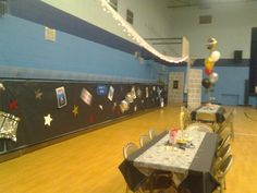 Mendenhall Middle School: gym decorations