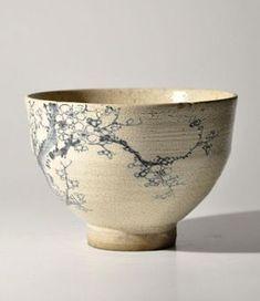 nok0706: Antique Japanese kutani blue & white teabowl. (via Pinterest)