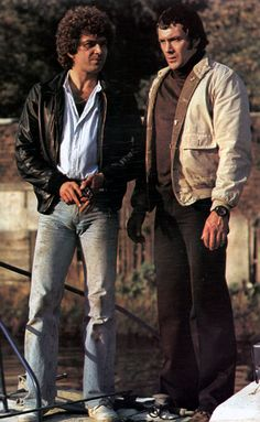 Doyle and bodie British Drama Series, British Actors, The Professionals Tv Series, Cops Tv, Action Tv Shows, Martin Shaw, I Do Love You, Vintage Television, Star Wars