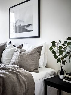 Traditional Minimalist Home Decorating minimalist bedroom decor clothes.Minimalist Home Bedroom Lamps minimalist bedroom brown guest rooms. Minimal Bedroom, Monochrome Bedroom, Bedroom Neutral, Mirrored Bedroom, Neutral Bedding, Bedroom Black, Minimalist Home Decor, Minimalist Scandinavian, Scandinavian Style