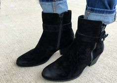 3 Outfits with Black Ankle Boots for Winter - momma in flip flops Fall Weather, Black Ankle Boots, Winter Boots, Bootie Boots, Flip Flops, Booty, How To Wear, Outfits, Shoes