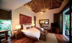Small Luxury Hotels Malaysia - Made up of 25 luxury villas, The Banjaran Hotsprings Retreat Ipoh Garden Villa is an excellent choice if you enjoy being at one with nature.