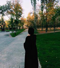 Hijabi Girl, Girl Hijab, Smoke Photography, Photography Poses, Girl Shadow, Hijab Dpz, Hijab Collection, Stylish Hijab, Islam Women