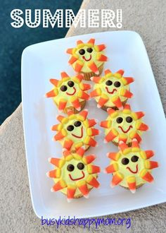 Summer Sunshine Cupcakes. Easy to make, fun to eat. From Busy Kids Happy Mom #cupcakes #cupakerecipes #summerfood #summerrecipes #summerdesserts #easyrecipes #funfoodforkids #busykidshappymom