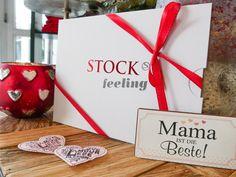 Jetzt Gutschein für die beste Mama der Welt bestellen und ganz easy online ausdrucken!   STOCK resort . Zillertal . Tirol . stock.at #stockfeeling #mamalove #geschenk Beste Mama, Gift Wrapping, Easy, Gifts, Gift Cards, World, Gift Wrapping Paper, Favors, Gift Packaging