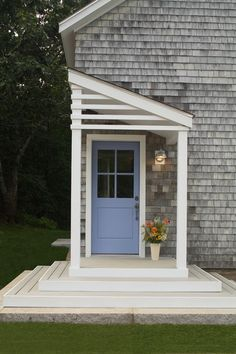 Contemporary Porch by Taggart Construction