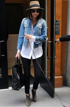 what-do-i-wear:    Miranda Kerr (image:Just Jared)
