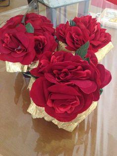 Arranjos para centro de mesa! #rosas #centrodemesa #festa