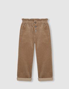 Pantalón cintura fruncida camel Bermuda Shorts, Khaki Pants, Fashion, Kids Fashion, Infant Girl Clothes, Moda, Khakis, Fashion Styles, Fashion Illustrations