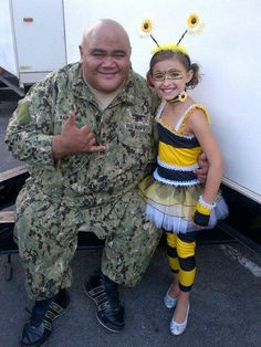 "Teilor Grubbs (Grace Williams) and Taylor Wily (Kamekona) tweeted by Teilor.  This was from their annual Halloween episode ""Mohai"" (Offering)."