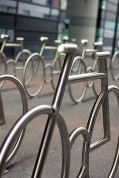 Norvegia, il parcheggio per le bici è un'installazione Norway parking