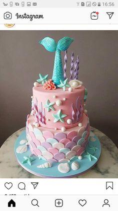 paleo mug cake Ocean Birthday Cakes, Mermaid Theme Birthday, Little Mermaid Birthday, Birthday Cake Girls, 5th Birthday, Birthday Ideas, Cupcakes, Cupcake Cakes, Sirenita Cake