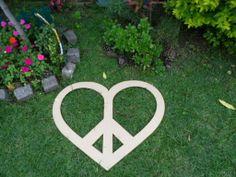 Símbolo de la paz en corazón gigante para pintar o decorar.