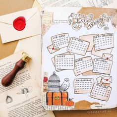 Enjoy these 12 magical Harry Potter bullet journal spreads that will inspire you. Enjoy these 12 magical Harry Potter bullet journal spreads that will inspire you. Bullet Journal Tracker, Bullet Journal School, Bullet Journal Inspo, January Bullet Journal, Bullet Journal Cover Page, Bullet Journal Notebook, Bullet Journal Aesthetic, Bullet Journal Themes, Bullet Journal Layout