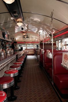 Image uploaded by Amy Melampy. Find images and videos about restaurant, diner and cheap food on We Heart It - the app to get lost in what you love. Diner Nyc, 1950s Diner, Vintage Diner, Retro Diner, Vintage Signs, Bus Restaurant, Restaurant Design, Coffee Shop, Burger Laden