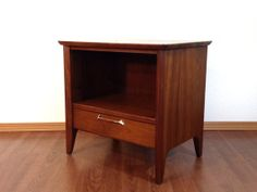 vintage mid century modern end table by Drexel. cube nightstand. retro furniture.  | ReRunRoom | $195.00