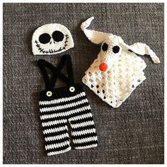 Inspired by The Nightmare Before Christmas. Crochet Jack Skellington baby costume & Zero baby lovey. This sweet set is Size newborn. This set includes: -A Jack Skellington face hat. -A pair of black & white striped pants with black suspenders & white buttons. -A Zero lovey/ snuggle blanket. If you would like a different size, send me a message & I can create a custom listing for you. Perfect little outfit for a Halloween baby, little babes newborn pictures or as a baby...